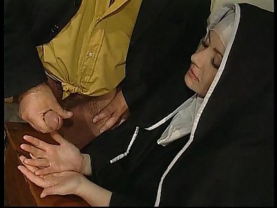 Wild hook-up in convent with nuns!