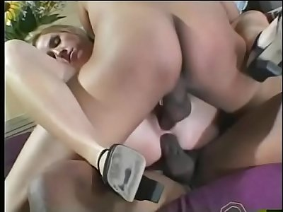 Hot blonde slut Taylor Lynn loves to be fucked by two big ebony dicks in beaver and in asshole