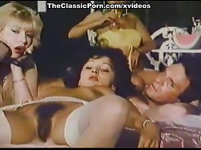 retro mature busty