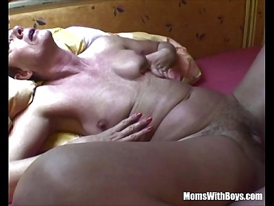 Horny Mature Slut Anal Fucked With Big Dick