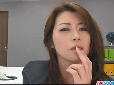 Hojo toying her cunt during an office meeting