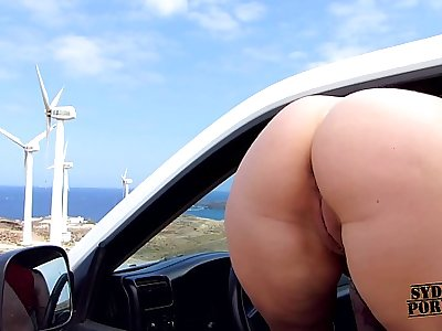 Crazy College Chick Fucks In The Car!