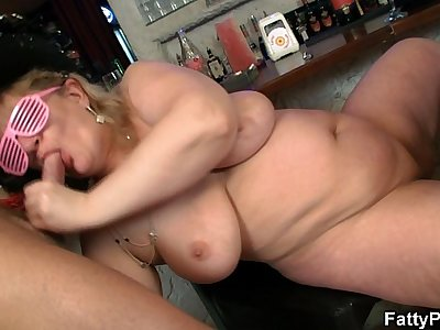 Massive tits fatty guzzles two cocks