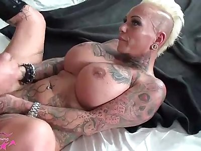 hot sexy big-titted milf